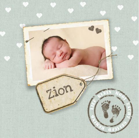 fotokaartje retro met foto hartjes en etiket JilleJille.nl - birthcard
