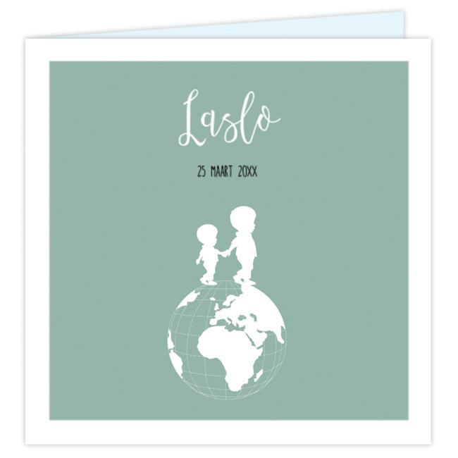 Lief geboortekaartje met silhouet van jongen op wereldbol JilleJille.nl
